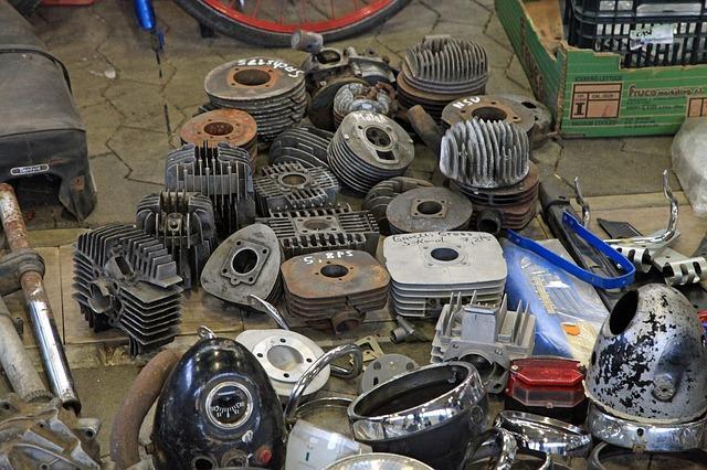 Ersatzteile Autos Motorräder